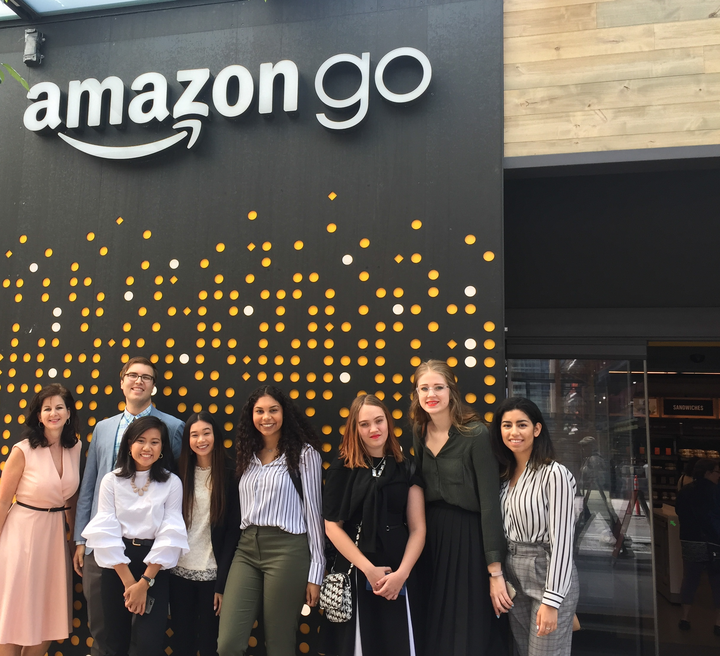 University of North Texas students and Linda Mihalick visiting Amazon headquarters in Seattle